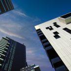 Pourquoi investir dans une SCPI plutôt que dans l'immobilier locatif ?